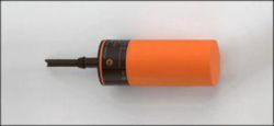 IB5096: Induktiver Sensor; Ø 34 / L = 82 mm; Schaltabstand 2